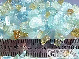 真正的海蓝原石是这样滴_海蓝宝刻面宝石