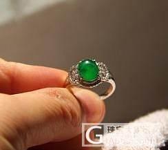 【璘翠轩】满绿色标放光戒指一枚~_翡翠