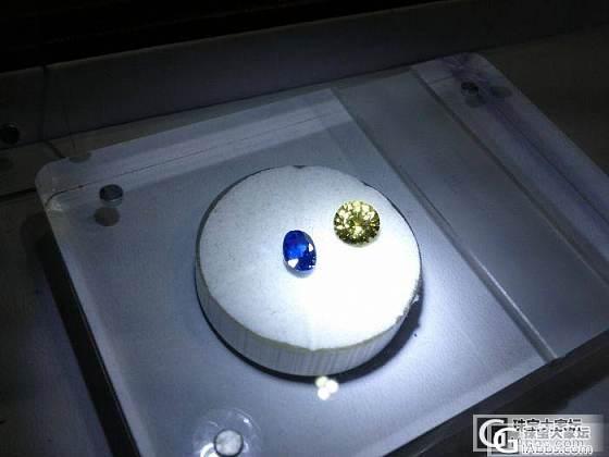 一蓝,一黄_蓝宝石