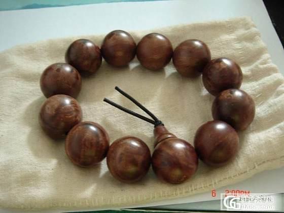 柬埔寨带回一串手链,识货的给看看?_文玩