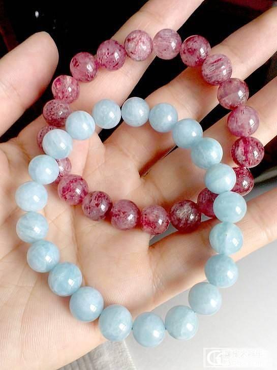 亏转个人闲置水晶9mm草莓晶和海蓝宝手链_宝石