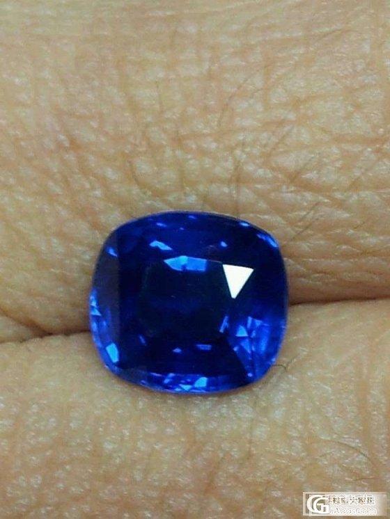 帮帮忙,大家帮我看看选哪颗蓝宝石比较好!_蓝宝石