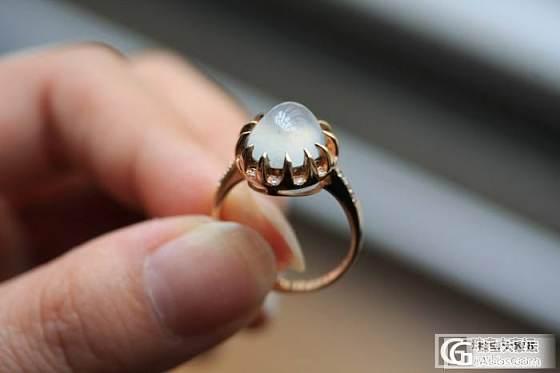 『蓝魔翡翠』一个美美的白蛋戒指和5个荧光强戒面,耳钉_翡翠