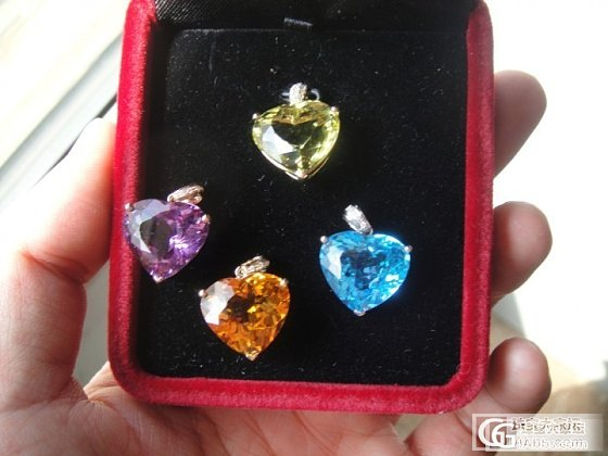 新鲜出炉!4颗心吊坠 黄晶 紫晶 瑞士蓝托帕 柠檬晶 上图!_宝石