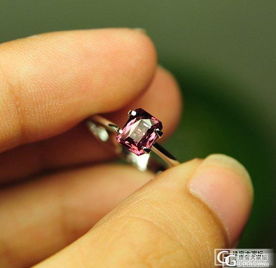 DSP的小精品:1.19ct变色性较强的铁镁铝榴石,比较有意思_宝石
