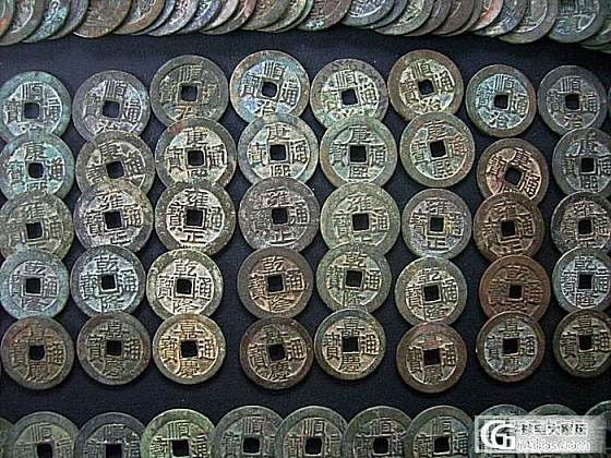 花了很多心血收藏十几年的清代顺治康熙雍正乾隆嘉庆通宝古钱币,精编成五帝钱与君共赏_文玩