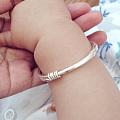 晒晒宝宝的左右手 左扁抽拉右绞丝抽拉