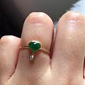 转翡翠心形灵动小戒指