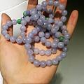 出一串手链和一个戒指