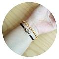 新入的金珠手链