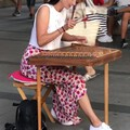 玛丽亚广场的卖艺人