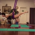 感觉手越来越硬戴不进小圈镯子了是因为练空中瑜伽🤣