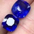 发两颗颜色超级好看的蓝宝石哈